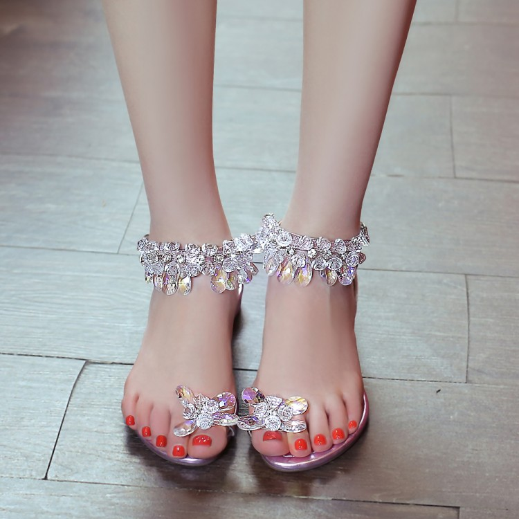 shades of newest collection good quality DIAMOND FLAT SANDALS THUMB STONES SAM631
